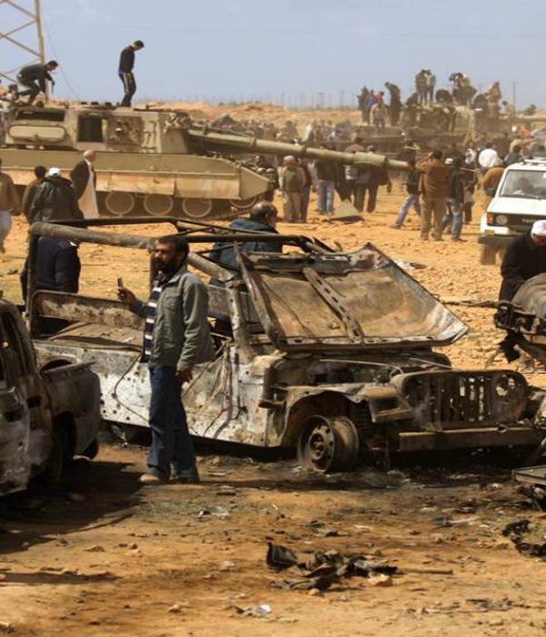 Bomb attack kills eight soldiers in Libya